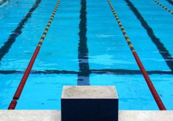 Piscine Municipale Jean Clément - indoor swimming pool - 84000 Avignon (Montfavet), chemin de la Martelle