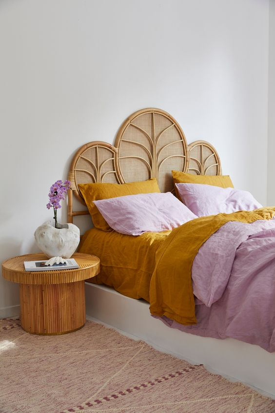 Effortless styling done right with our Lilac Quilt Cover and Mustard Sheet Set. All in our 100% Pure French Flax Linen.