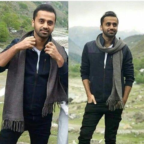 Waseem Badami Famous Celebrities News Anchor Famous