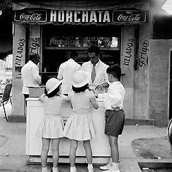 Fotos antiguas. Horchata / Chufa de Valencia / Orxata / Xufa de València