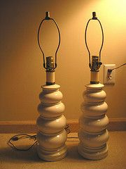 modern pottery lamps - Buscar con Google