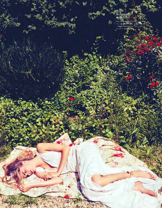 """Dreaming of Cara"" Cara Delevingne by Sofia Sanchez & Mauro Mongiello for Numéro Tokyo #73 January/February 2014"