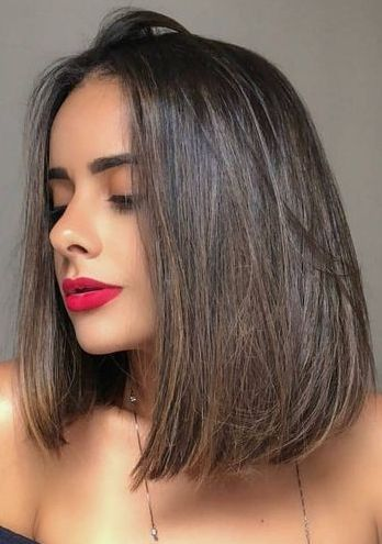 How To Style A Lob The Easy Way Medium Hair Styles Long Face