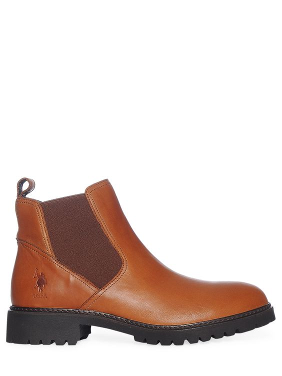 fashionable ankle boots from U.S. Polo Assn.|slightly grained leather|rounded toe cap|elastic side inserts|embossed logo on the outside|ornamental loop at the back|sewn sole|outsole with tread pattern|We have tried them on for you. The shoes run true to size!|brown