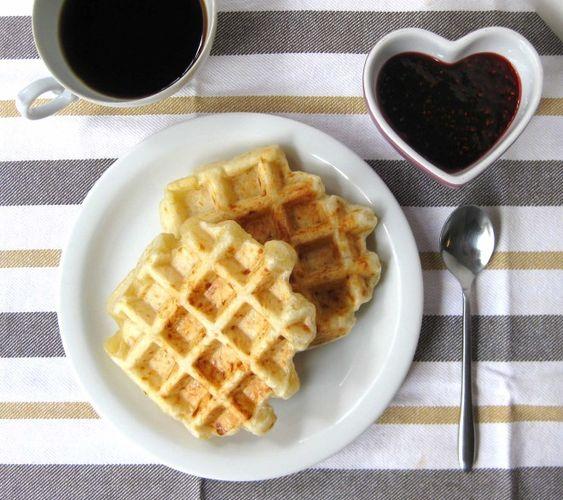 pão de queijo waffle