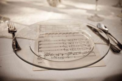 Trendy Wedding, blog  idées et inspirations mariage ♥ French Wedding Blog: L'idée du jour : décoration de table
