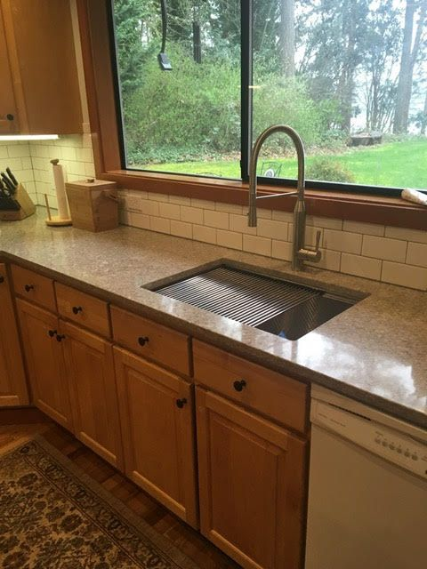 16 Gauge Stainless Steel Sink With A Built In Ledge For