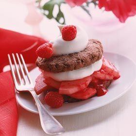 chocolate shortcake whoopie pies