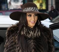how to wear a floppy hat in winter - Google Search