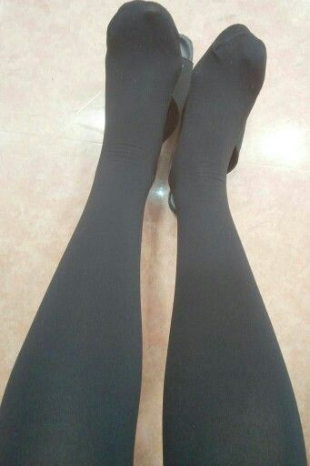 #stocking #pantyhose #tights (siro_i_shiori)