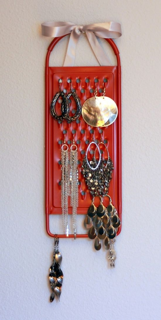 Cheese Grater Earring holder - genius idea. Paint it a colour to match the bedroom / Or hang hooks on it to put by front door for keys!