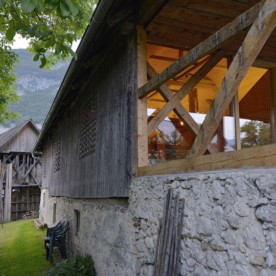 Частный дом вместо старого амбара в Словении