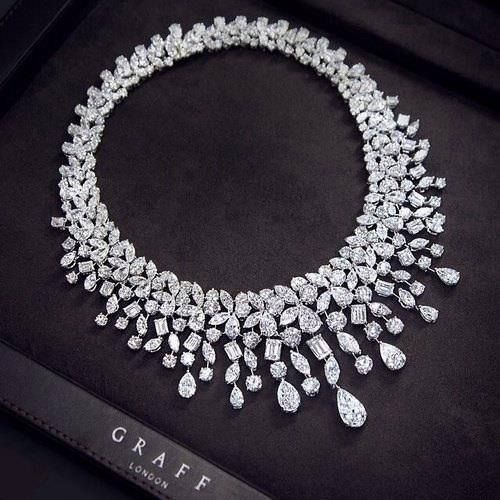 diamond, necklace, and luxury Bild