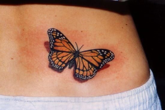 Another realistic take on a monarch tattoo! I think i would like this on my neck!!!!!!!!
