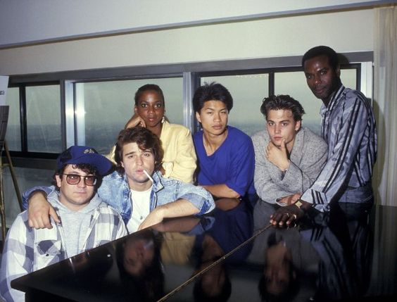 Still of Johnny Depp, Holly Robinson Peete, Peter DeLuise, Sal Jenco, Dustin Nguyen and Steven Williams in 21 Jump Street