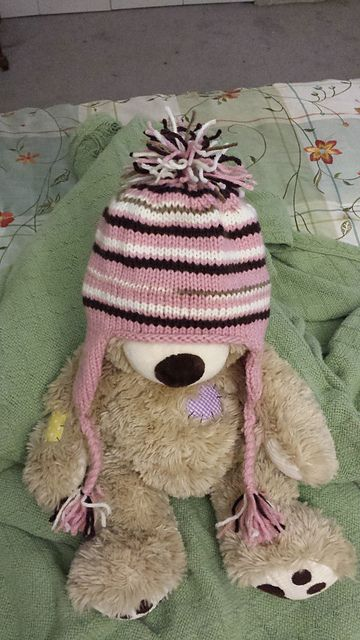 Ravelry: Project Gallery for Cheery Scrap Cap pattern by Kate Oates