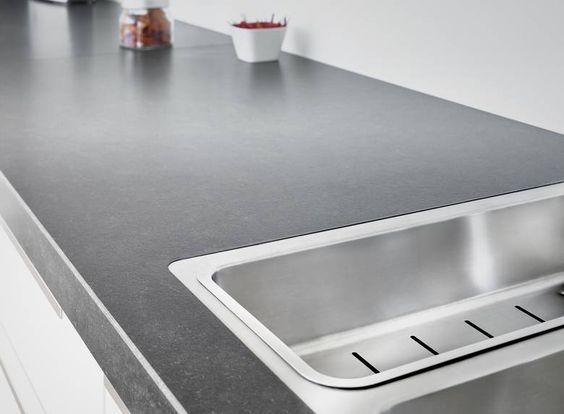 Granit Arbeitsplatte aus Nero Assoluto Zimbabwe mit einer - küchenarbeitsplatte online bestellen