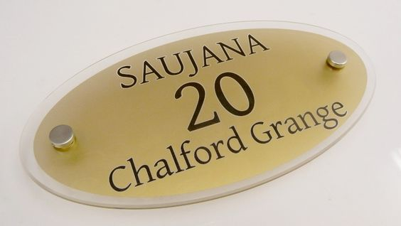 House signs   check out the #gold frosted house sign todays #bargain 20% off. Grab this #offer #today http://www.de-signage.com/contemporary-house-plaques-oval.php …   pic.twitter.com/Bqu8dL7mbd