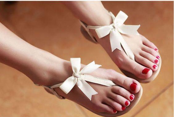Flache #Sandalen aus Leder - mit Schleife ♥ von edlwise bei DaWanda #Hochzeit #Wedding