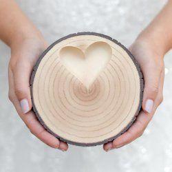 Ringschale zur Hochzeit als rustikale Alternative zum Ringkissen