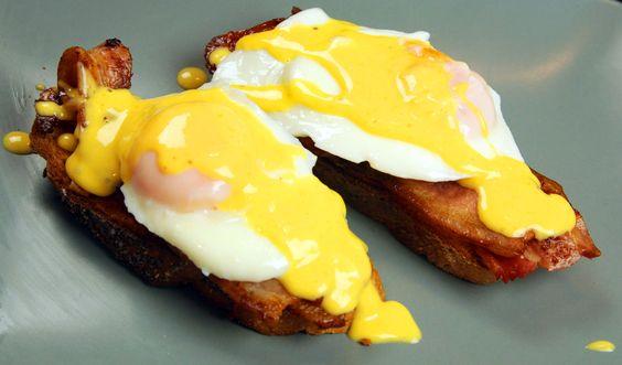 Poached eggs with hollandaise sauce [4807x2828] [OC] via Classy Bro