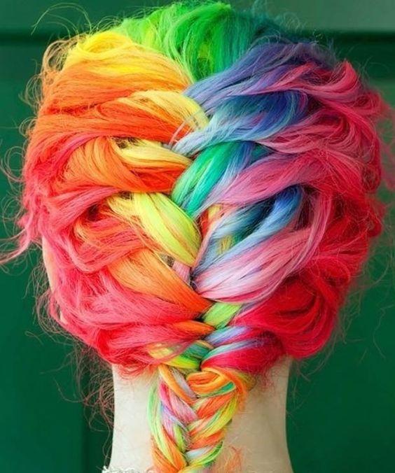 Ufunk.net - Rainbow Girl