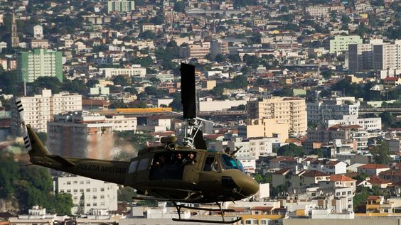 Three Swedish tourists abducted in Rio slum, released unharmed