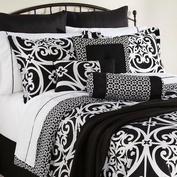 16 Piece Bed Set King Size Black White Damask Comforter