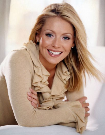 Kelly Ripa Hayley Dining Room Set: Kelly Ripa, My Children And Kelly Ripa Hair On Pinterest