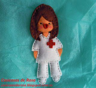 Las Cosicosas de Rosa: Enfermera. Este tipo de broche se puede hacer de otras profesiones: maestra, abogada... #broche #fieltro #cosicosas