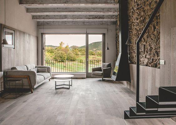 Ristrutturazione di una vecchia fattoria in Spagna by Dom Arquitectura   Dd Arc Art