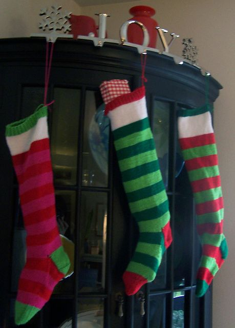 Knit Christmas Stocking Pattern With Name : Stockings, Christmas stockings and Knitted christmas stockings on Pinterest