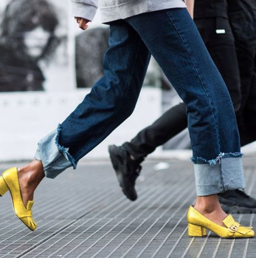 These yellow Gucci shoes are superb!!!! veronica loves archie - frayed hem jeans