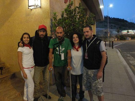 Macaco en el Hotel Pamplona Villava, qué pequeñitas se nos ve! :)