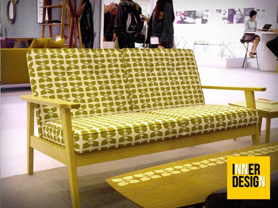 -LONDON-DESIGN-FESTIVAL-2012 >> fifties are back! Vintage pattern for the sofa by BARK furniture.