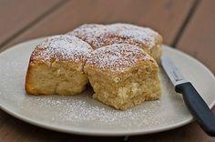 Original Tschechische (Böhmische) Buchteln, ein sehr leckeres Rezept aus der Kategorie Kuchen. Bewertungen: 41. Durchschnitt: Ø 4,6.