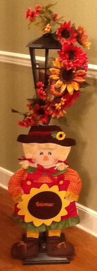 #Sunflowers and #Lantern http://www.celebratinghome.com/sites/darlenemcgarvey/PWPshowCategoryProduct.ashx?ProgramCategoryId=112