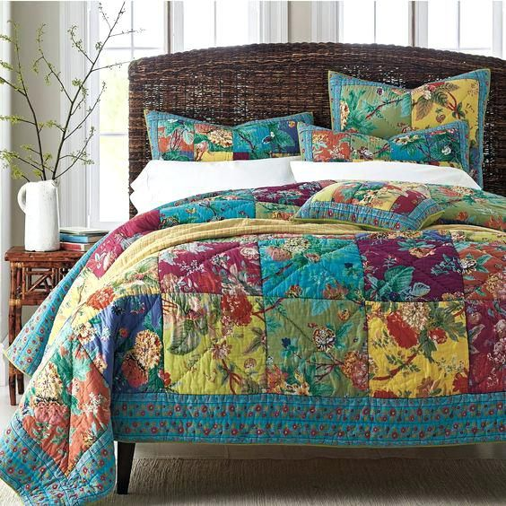 American Patchwork And Quilting Pinterest 1000 Images About Quilts On Pinterest Colorful Flowers Quilt Sets An Patchwork Quilt Patterns Patchwork Quilts Quilts