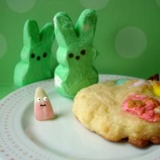 Cakespy: Leftover Easter Candy Cookies (via foodily.com)