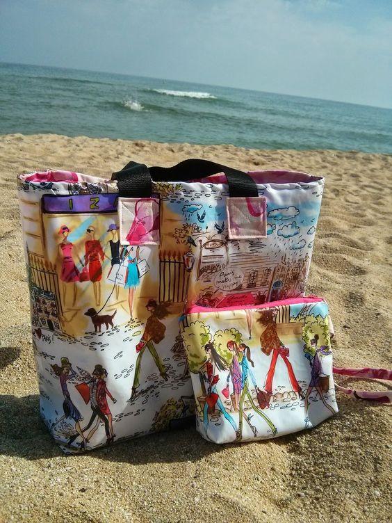 Bolsa para la playa con tela plastificada.