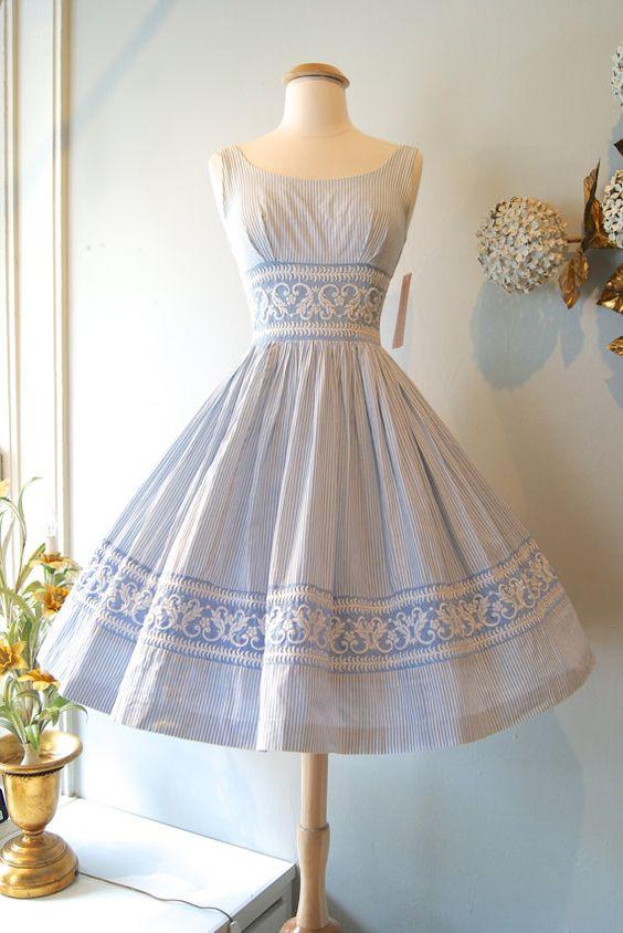 50s Dress // Vintage 1950s Seersucker Embroidered Sundress XS ...