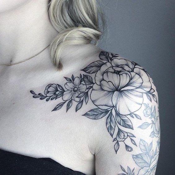 878 Tatuajes De Flores De Cerezo Fotos Significado Tatuaje De Peonias Tatuaje De Hombro Tatuajes De Flor En El Hombro