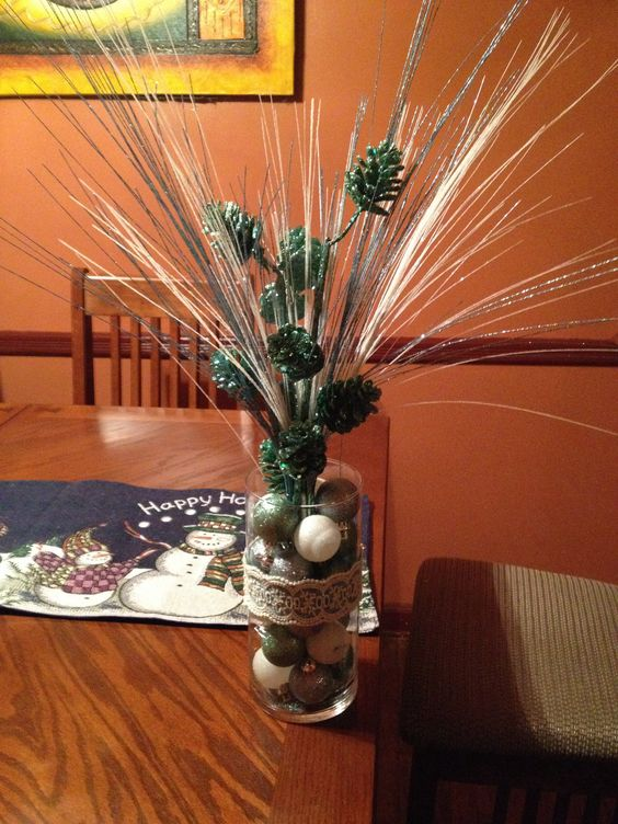 Holiday party centerpiece #winterwonderland #glitter #holiday