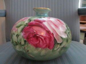 Vase T & V LIMOGES FRANCE Gorgeous ROSE FLORAL hand painted artist initialed