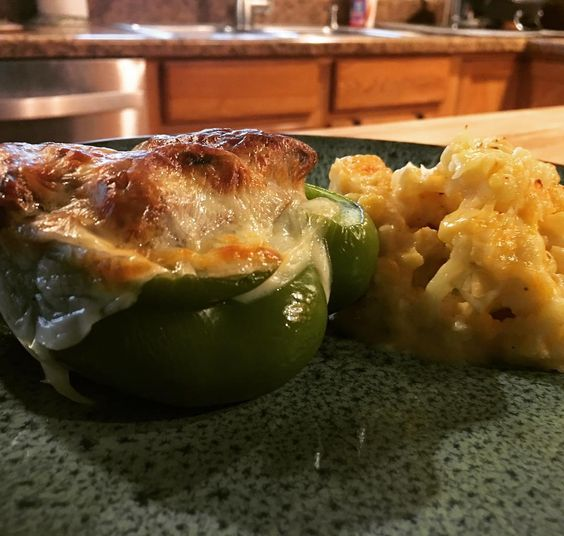 Philly cheese steak stuffed peppers and cauliflower Mac n cheese!!! AMAZING  This meal will def be happening again!! #Keto #ketofam #ketodiet #ketogirl #ketogenic #ketolifestyle #ketorecipes #ketogains #ketogenicdiet #ketogeniclifestyle #ketogram #ketogeniclife #lowcarb #yummyinmytummy #foodporn by triceracourt