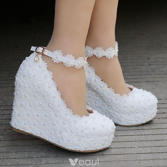 Modern  Fashion White Wedding Shoes 2018 Lace Pearl Ankle Strap 10 cm Wedges Round Toe Wedding