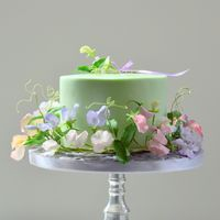cake with sweet pea