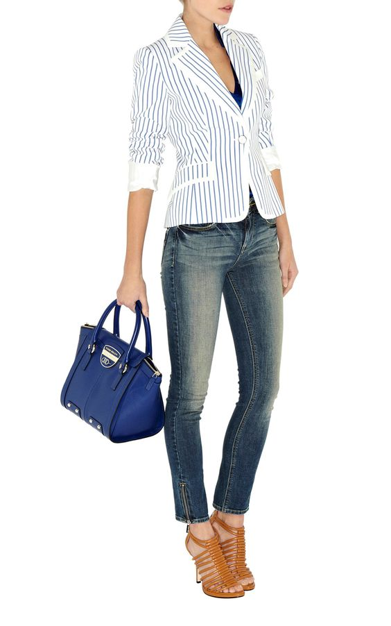 Blue bag, looks great with this outfit