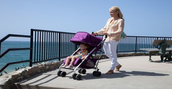 Những đồ dùng cần thiết cho bé khi ra ngoài mẹ nên biết