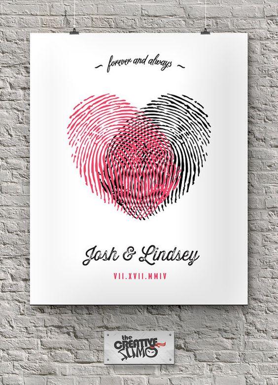 PREMIUM  Fingerprints Heart Wedding Anniversary par TheCreativeSUMO, $32.49